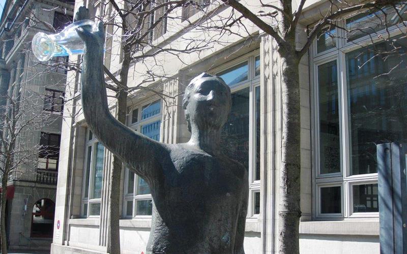Bronzestatue St.Gallen